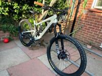 Santa Cruz Bronson Carbon mountain bike mtb