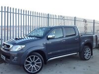 2010 TOYOTA HILUX D/C 3.0 D4-D INVINCIBLE AUTO 4X4 GREY + FULL LEATHER INTERIOR!! ++ MANY EXTRAS! ++