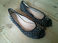 Metal Spike Black Shoes (Size 5)