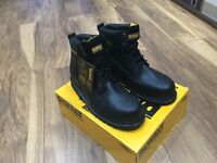 Men's DeWalt safety Boots- size 10, brand new in a box