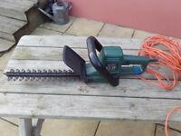 Black and Decker hedge trimmer 14 inch blade
