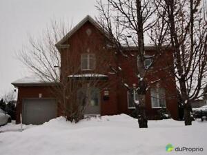 589 000$ - Maison 2 étages à vendre à Boucherville