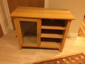 SOLID OAK TELEVISION/Hi-Fi Cabinet (Morris & Co.) Light-Oak in excellent condition