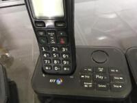 Set of 3 cordless phones