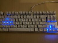 ViewSonic Mechanical gaming Keyboard 10-keyless (87 keys) backlit kailh (not cherry) blue switches