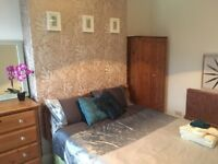 A. Bright Double Rm £35/night Short Term let - Grangetown, Cardiff