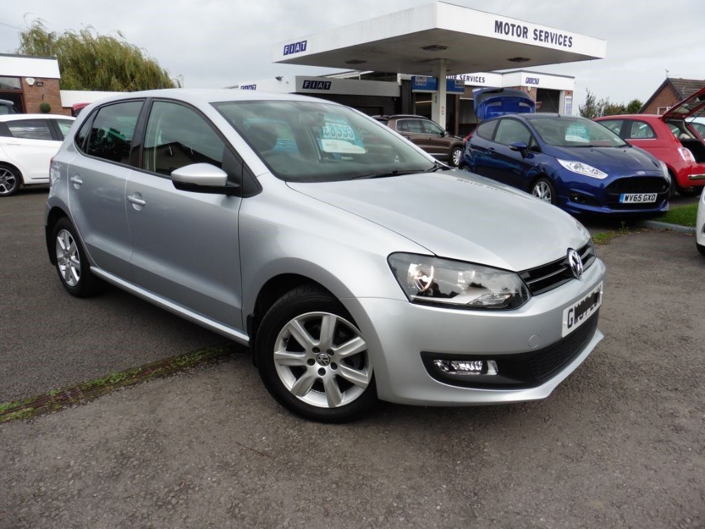 vw polo match edition dsg silver 2013 in chepstow. Black Bedroom Furniture Sets. Home Design Ideas