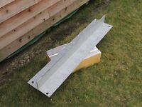 Galvanised steel lintel 900mm long
