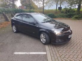 Vauxhall Astra SXI 1.6 Black - MOT until Sep 2018