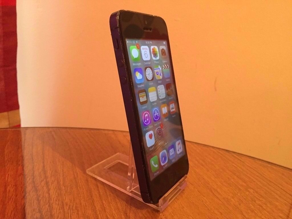 Apple iPhone 5 - 16gb - on EE network