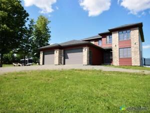 299 900$ - Maison 2 étages à vendre à St-Elzéar-de-Beauce