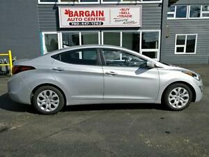 2014 Hyundai Elantra ''WE FINANCE EVERYONE''