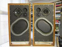 Vintage Kef kit speakers