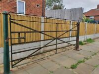 Vintage cast iron large gate and cast iron posts (very heavy).