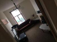 TO LET - 1 BEDROOM FLAT