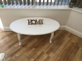 Shabby chic lovely white coffee table
