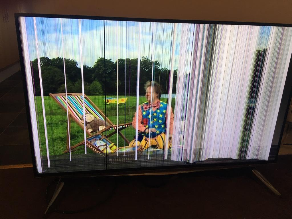 "LAURUS 43"" smart TV ultra HD, SPARES and REPAIRS"