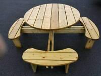 Outdoor circular table