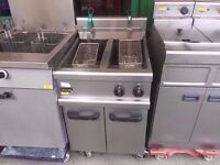 KITCHEN CATERING DOUBLE TANK PUB FRYER CHIPS BAR FASTFOOD COMMERCIAL TAKEAWAY DINER SHOP CHICKEN