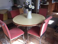 French style dining kitchen Circular table and four chairs