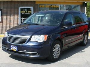2014 Chrysler Town & Country Touring Sto N Go