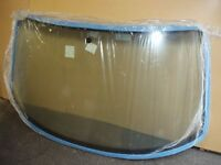 Genuine VW T4 Windscreen - Brand NEW & Unused - Green Tint - Caravelle - Transporter - Volkswagen