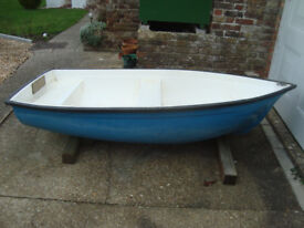 Small Dinghy / Tender