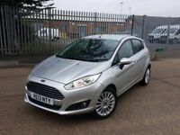 AUTOMATIC FORD FIESTA POWERSHIFT 5 DOOR . PARKING SENSORS. 11 K MILES. CHEAPEST IN UK