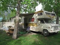Great old Rv for sale, first to look will want to buy!