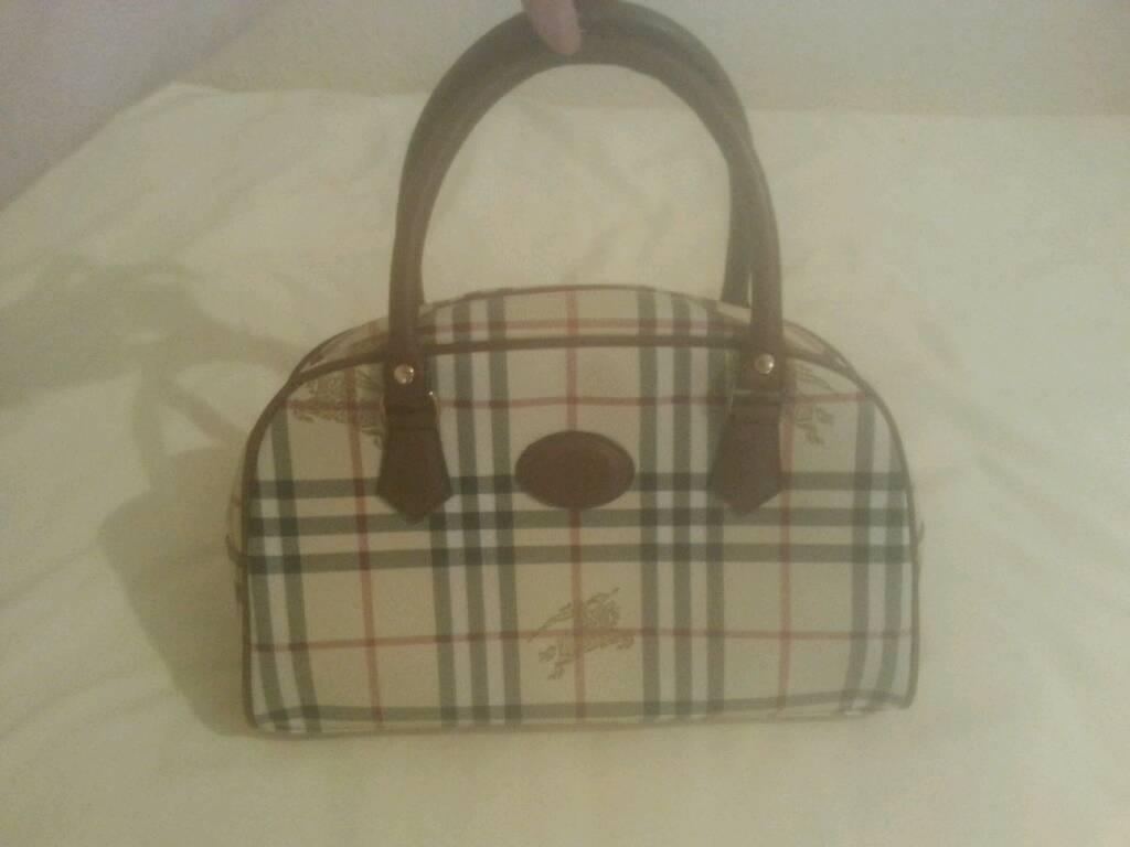 Burrberry handbag