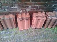 Red roof tiles 42cm x 32cm dimensions