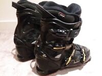 Rossignol size 4 ski boots