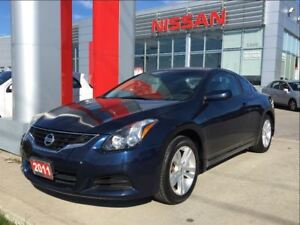 2011 Nissan Altima 2.5 S, heated seats, moon roof