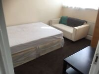 SHMP AGENT OFFER NICE DOUBLE ROOM WITH ALL BILLS INCLUDING NEAR LEYTON MIDLAND ROAD STATION E10
