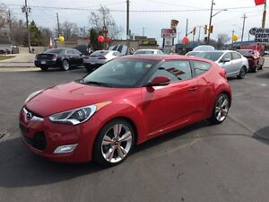 2015 HYUNDAI VELOSTER TECH - PANORAMIC SUNROOF, REAR VIEW CAMERA