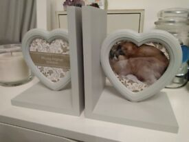 Light Grey Wooden Heart Photo Frame Book Ends