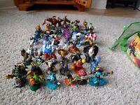 Assorted skylanders