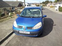 Renault Scenic blue 2005 low mileage - 1 previous owner & full service history
