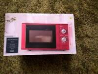 Tesco Solus 1.7L Microwave Red - Brand New