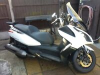 Kymco Downtown 300 scooter 2014 5200miles