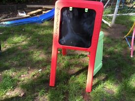 EARLY LEARNING CENTRE EASEL CHALK BOARD/PAINTING BOARD