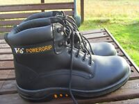 V6 POWERGRIP steel toe/sole size 9(43) almost half price at £25 never worn collect