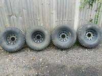 4x4 MUD TERRAIN TYRES 265/75/16ON MODULAR RIMS