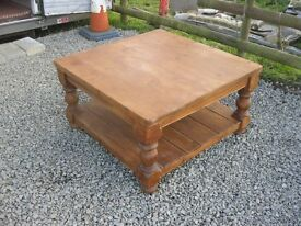 STAINED SOLID PINE LARGE SQUARE COFFEE TABLE. ORNATE. VIEWING/DELIVERY AVAILABLE