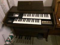 Galanti electric organ. 2 manuals, pedals & auto-rhythms