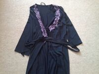 Ladies New full length dressing gown with purple lace trim, size 12-14