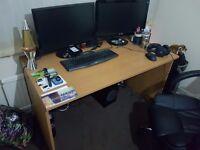 Ikea wooden desk 130x70x70cm