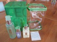 clinique gift set moisturiser 125ml 50ml make up remover 200ml facial soap mild