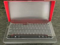 Microsoft Wedge bluetooth keyboard