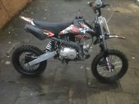 M2R 110cc Pit Bike four forward gears - very little use, less than 50miles